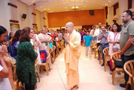 Radhanath Swami meets the Journey Home 'fan club'